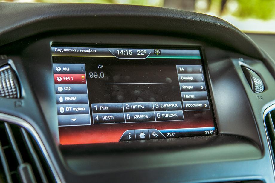 Сенсорный экран инфотеймента Ford Focus