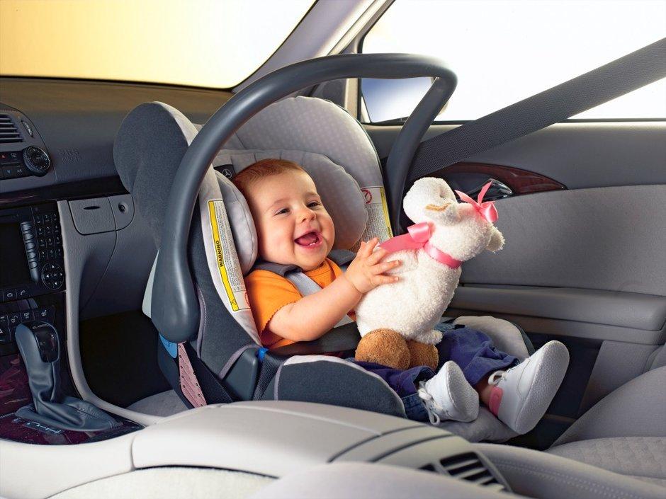 Как можно возить ребенка в машине в 2018 году