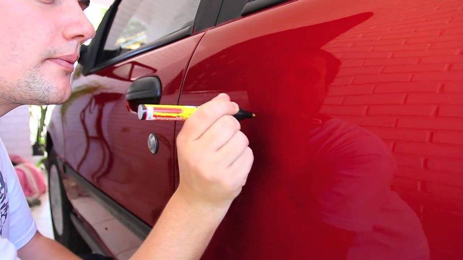 Убрать потертости с кузова автомобиля своими руками