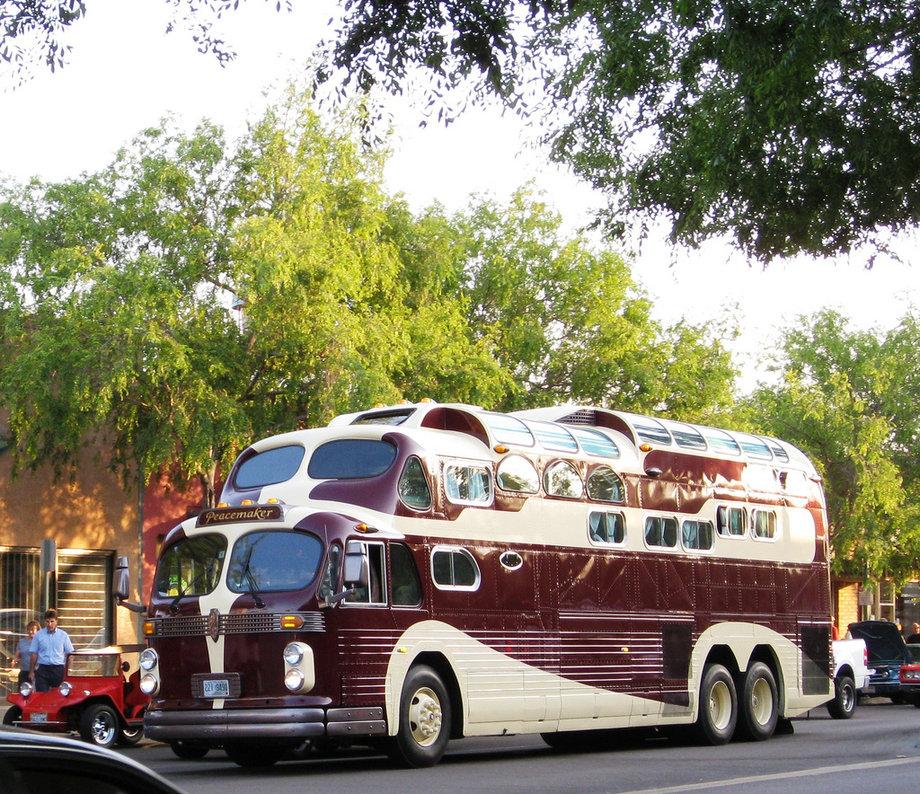 Peackeeper GMC Bus