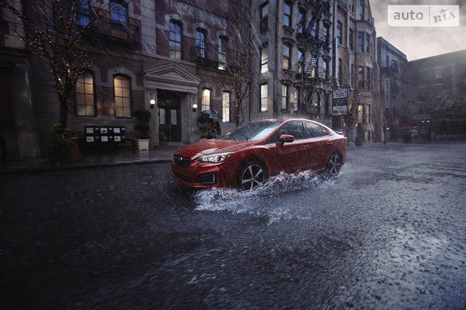 как управлять автомобилем в дождь
