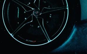 Видео: McLaren везет в Женеву свой самый быстрый суперкар
