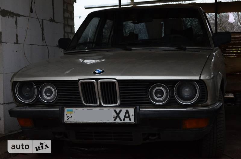 Autoria 524 Bmw E28 524td 1983 3600