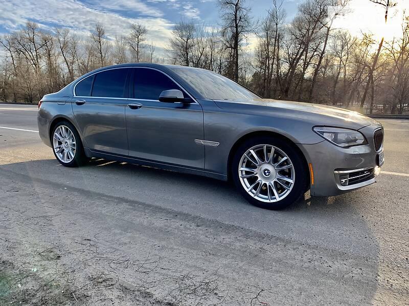 BMW 740 INDIVIDUAL /// LED 2013