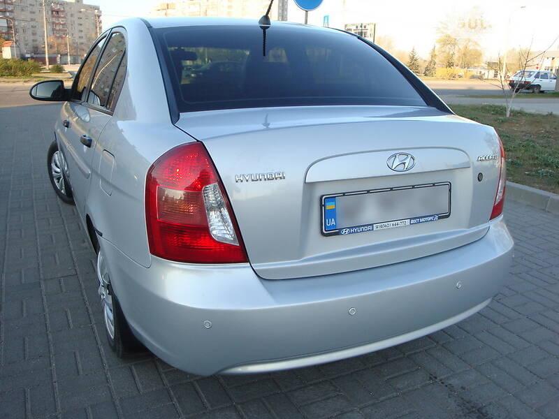 Hyundai Accent Space Silver 2007