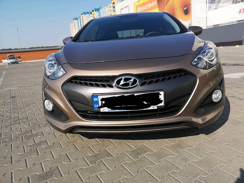 AUTO.RIA – Продам Hyundai i30 2015 газ/бензин 1.4 купе бу в Киеве, цена 8999 $