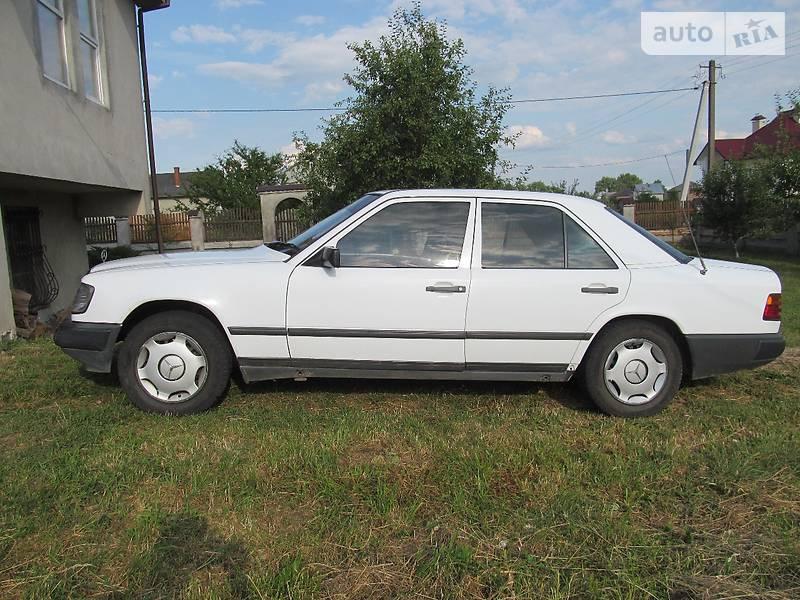 Auto ria 260 1989 4250 for Mercedes benz 260