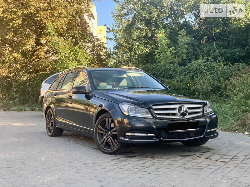 Mercedes-Benz C 300 cdi 4matic 2011