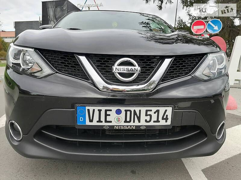 Nissan Qashqai 1.6 TDCi  AVTOMAT 2016