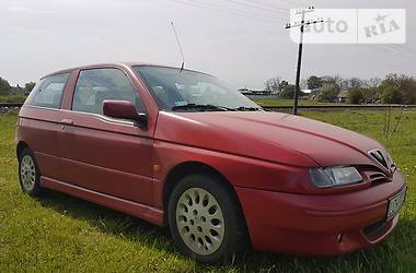 Alfa Romeo 145  1999