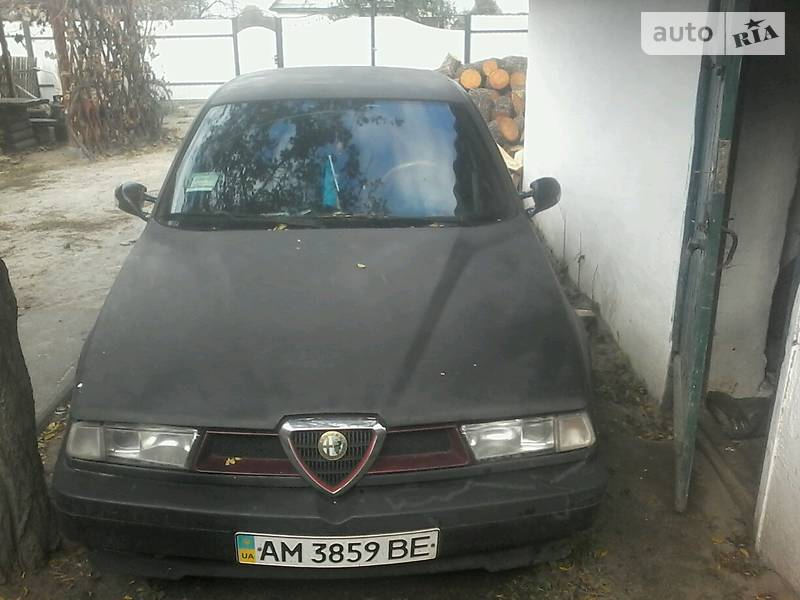 Alfa Romeo 155 1993 року