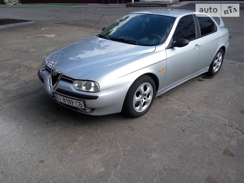Седан Alfa Romeo 156