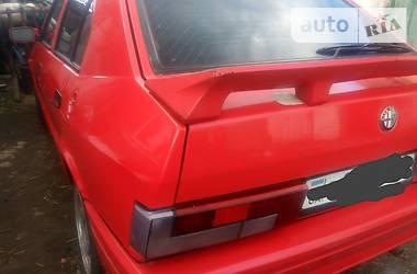 Alfa Romeo 33  1988