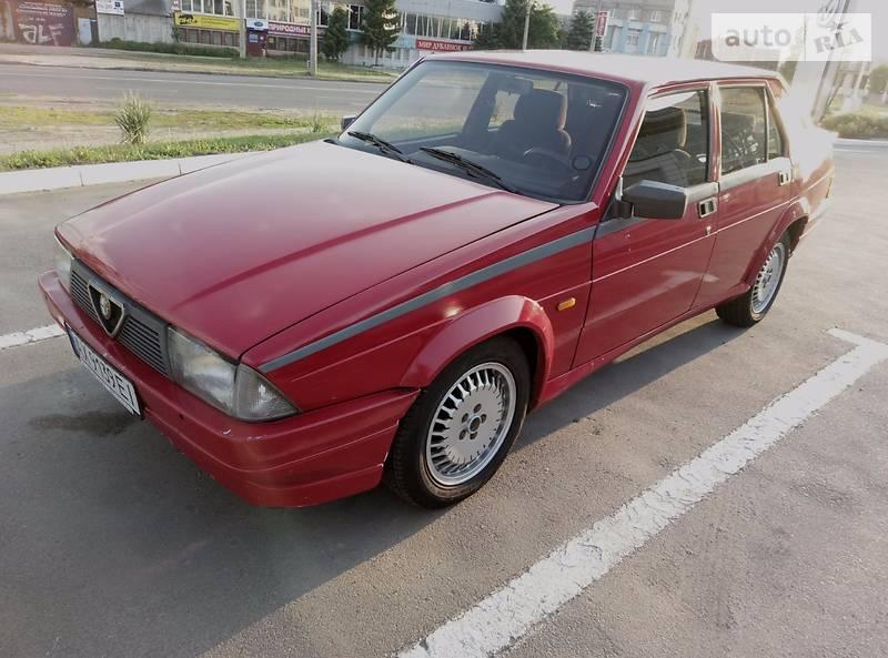 Alfa Romeo 75 1988 года