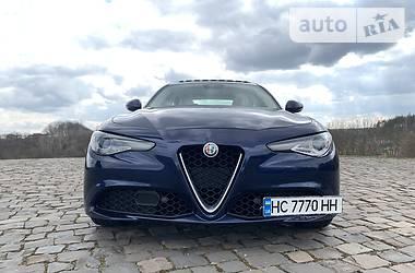 Alfa Romeo Giulia Ti Lusso Q4 2017