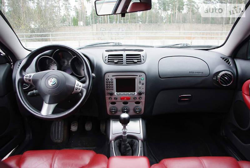 Alfa Romeo GT 2004 года