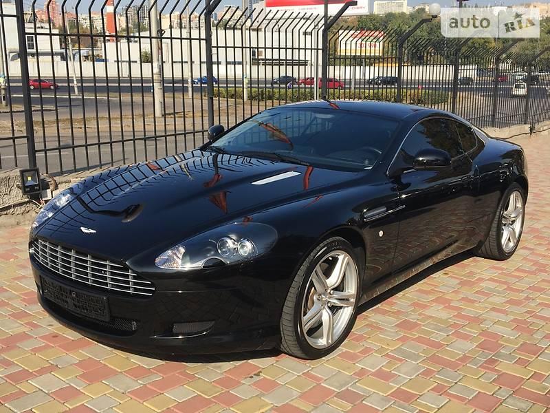 Aston Martin DB9 2010 года