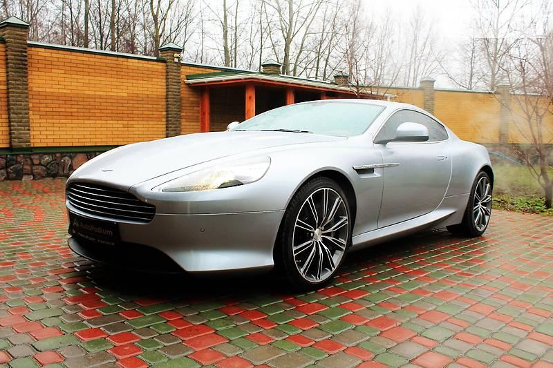 Aston Martin DB9 2012 года
