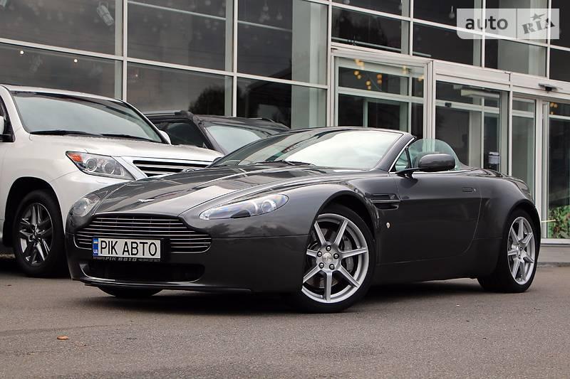Aston Martin Vantage 2009 року