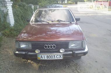 Audi 100   1980