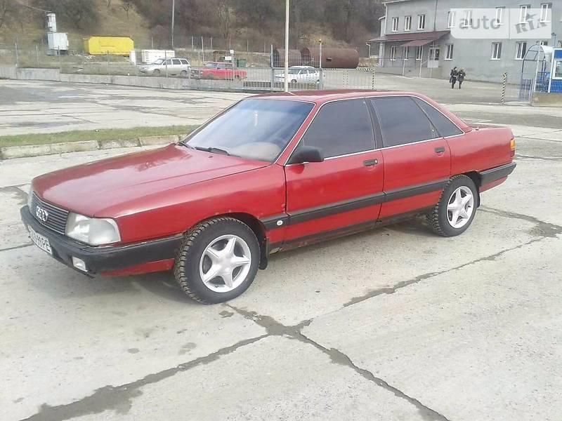 Audi 100 1990 року