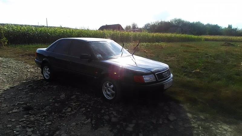 Audi 100 1992 года