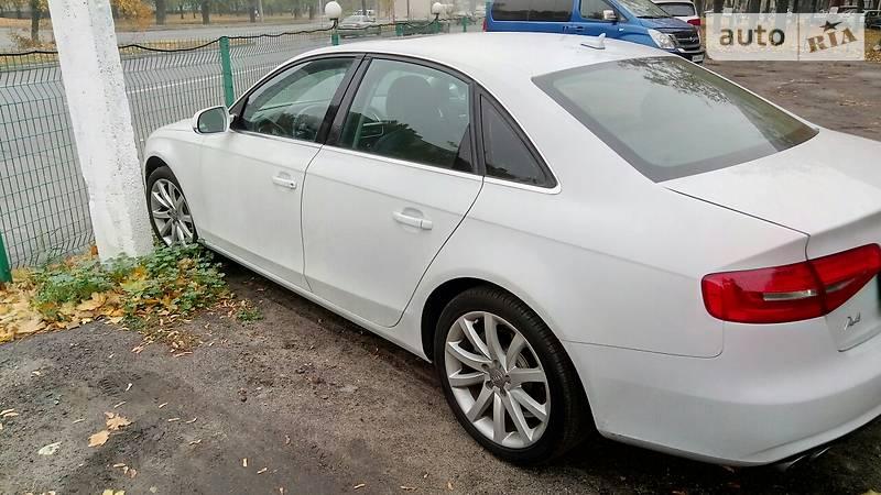 Audi A4 2013 року
