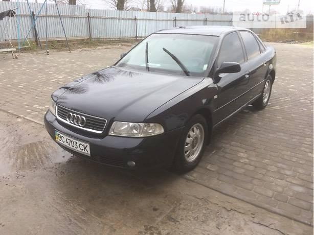Audi A4 2000 года