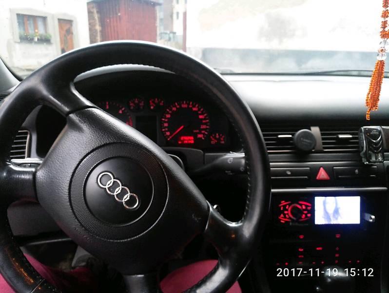 Audi A6 1998 года