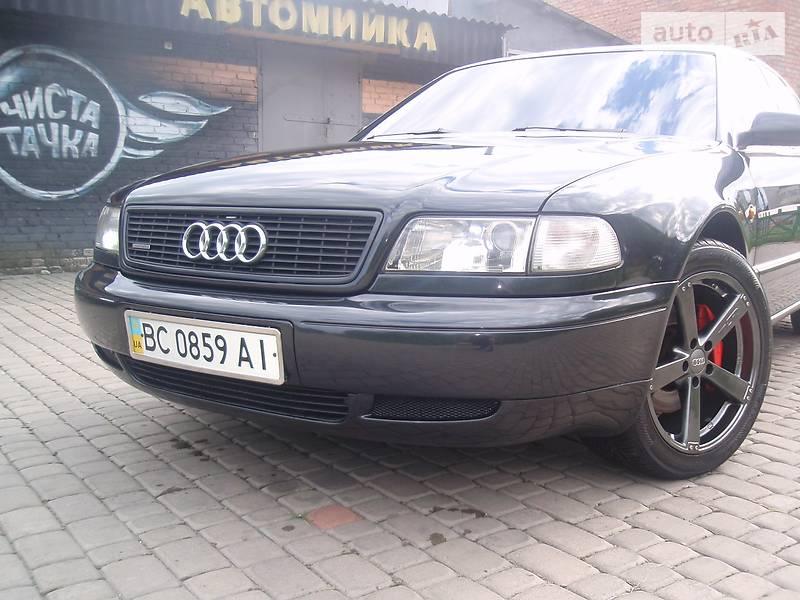 Audi A8 1997 года