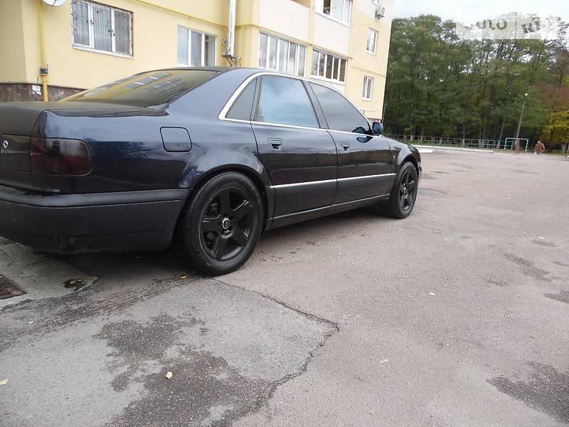 Audi A8 1998 года