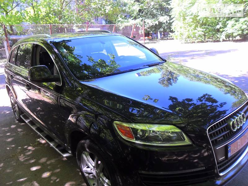 Audi Q7 2008 року