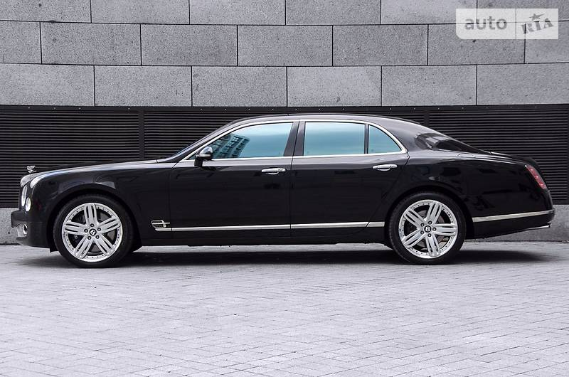 Bentley Mulsanne 2012 року