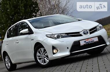 Ціни Toyota Auris Бензин