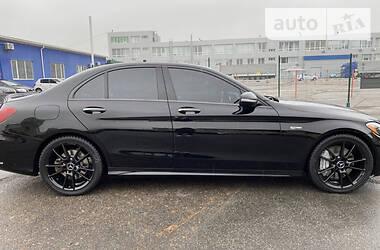 Ціни Mercedes-Benz C 43 AMG Бензин