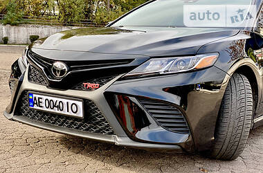 Ціни Toyota Camry Бензин