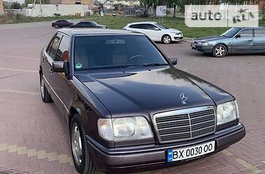 Ціни Mercedes-Benz E 220 Бензин