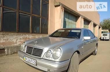 Ціни Mercedes-Benz E 320 Бензин