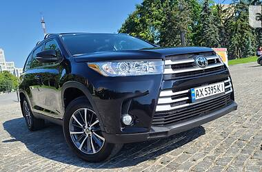 Ціни Toyota Highlander Бензин
