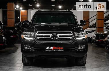 Ціни Toyota Land Cruiser 200 Бензин