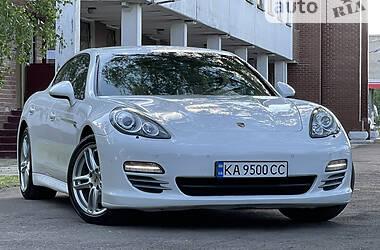 Цены Porsche Panamera Бензин
