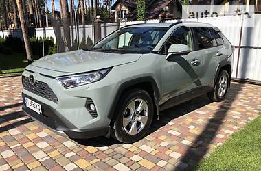 Ціни Toyota RAV4 Бензин