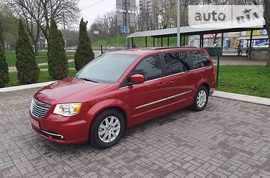 Цены Chrysler Town & Country Бензин