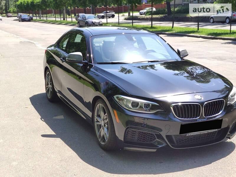 BMW 235