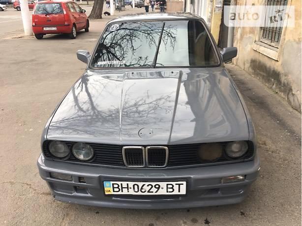 BMW 3 1985 року
