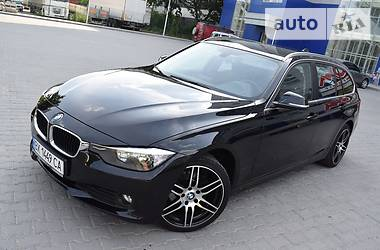 BMW 318 Touring 2013