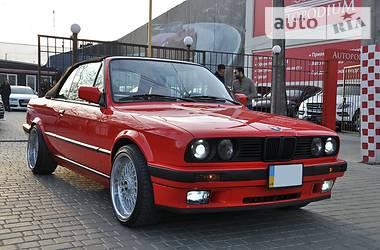 BMW 320  1990
