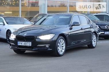 BMW 320  Luxuri 2012
