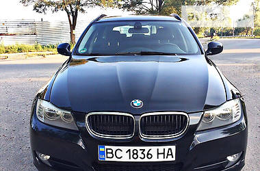 BMW 320  xDrive 2012