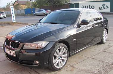 BMW 320 Luxury 2011